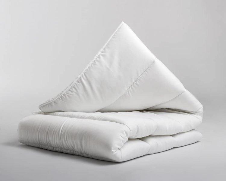 Enkel dekbed, merk Sleeptime, Sleeptime Touch, zomer koel, winter warm, synthetisch, kleur wit, goedkoop, snel leverbaar, luchtig dekbed